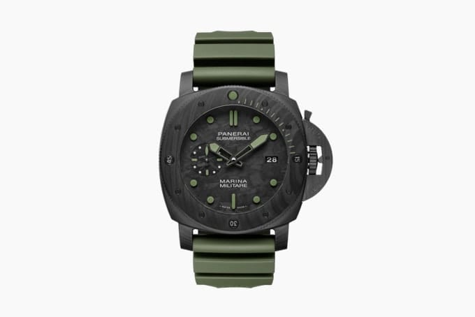 Военные часы Panerai Submersible Marina Militare Carbotech Watch